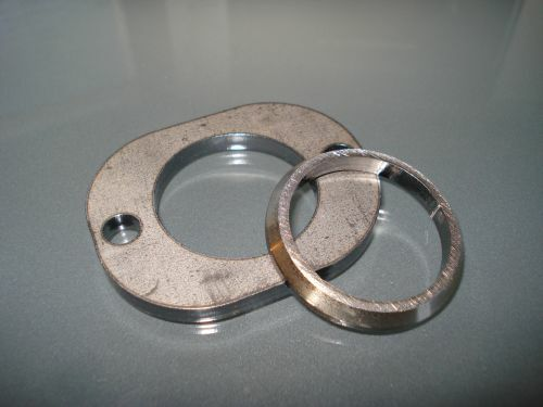 Exhaust flange for T5 cylinders