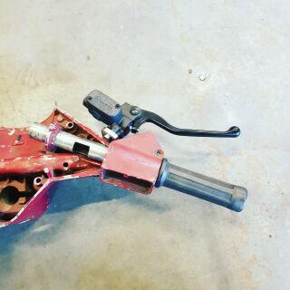 Bremspumpenhalter Vespa PX / PK